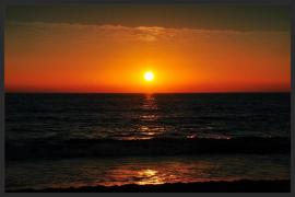 Wind - und Kite-Surfer - Sunset - Holidays Tarifa Spain - Photo by Frank W. Zumpf